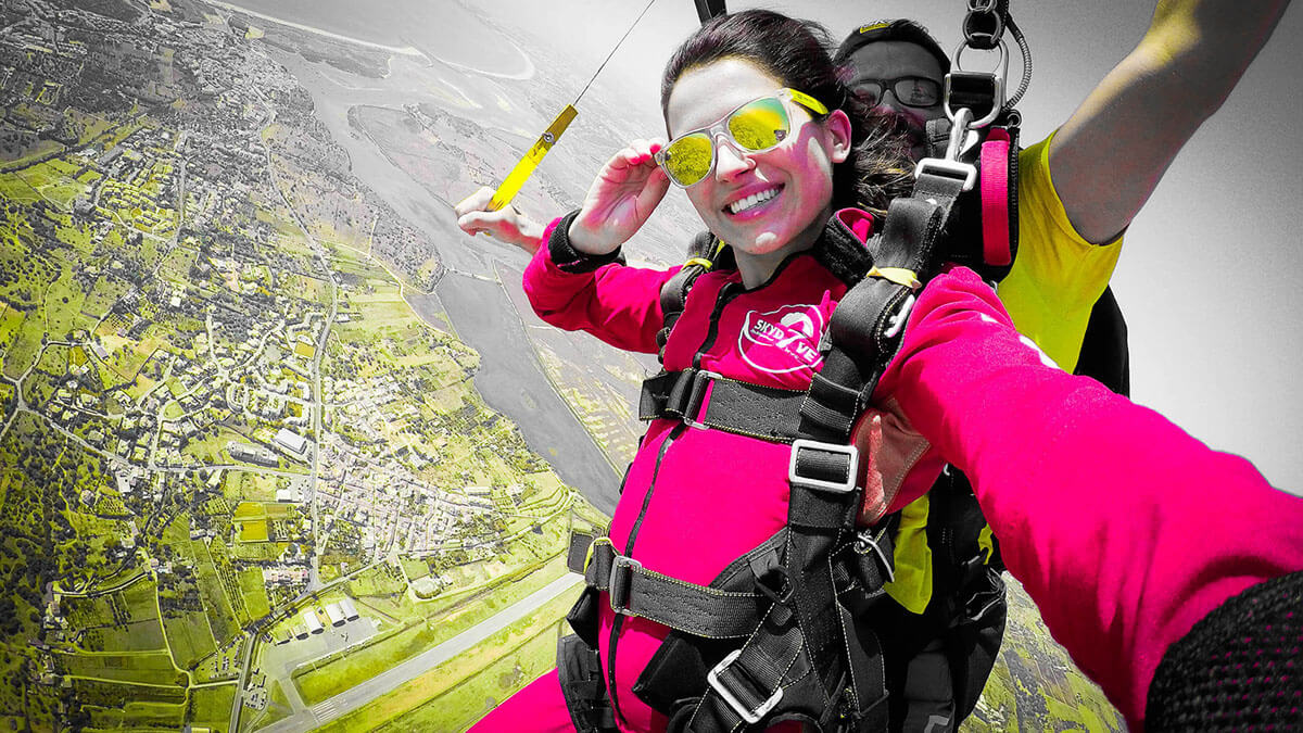 Mumbai to Skydiving and travel to Algarve best Adventure